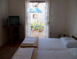 Room R1