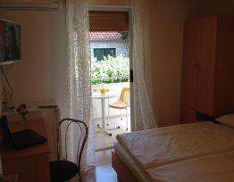 Room Oleandar