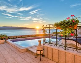 Vacation House Villa Lipa Dora