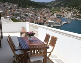 Apartman Three bedroom apartment in Pučišća