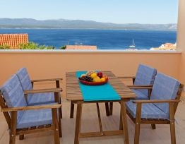 Apartman Iris 2✶2 BR apt in calm neighborhood✶sea view balcony✶parking